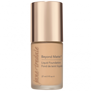 M8 BEYOND MATTE™ LIQUID FOUNDATION