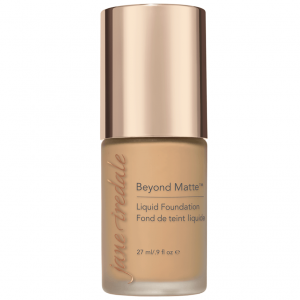 M9 BEYOND MATTE™ LIQUID FOUNDATION
